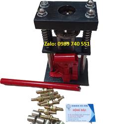 Máy bấm đầu ống áp lực cao - nén thuỷ lực 3 tấn và 10 bộ đầu ren đồng đực cái và áo cho ống dẫn nước, khí 13mm