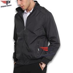 Áo khoác dù nam 2 lớp cổ đứng, dáng thể thao dể mặc , túi khóa kéo hai bên Pigofashion AKD26