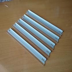 Bộ 5 gạt mực cho hộp zin 326, 328, Canon LBP 6200, 6200d, 6230, 6230dw, 6230dn, MF 4820d, 4412, 4450, 4720w, 4870, mf4750, mf4700, D500, D520, L170. Là 5 thanh gạt hộp mực máy in