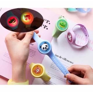 Đồng hồ chống muỗi hình con vật có đèn Led cho bé - donghoduoimuoi thumbnail