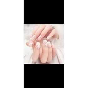 Móng tay đính hoa kèm keo - hoa trắng
