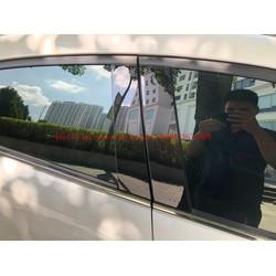 Ốp bóng trụ cửa xe ô tô Toyota Vios