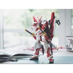 ( HÀNG CÓ SẴN) Mô Hình Lắp Ráp MG Gundam Astray Red Frame JiJia