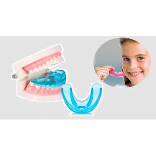 dụng cụ niềng răng tại nhà - dụng cụ niềng răng tại nhà thumbnail