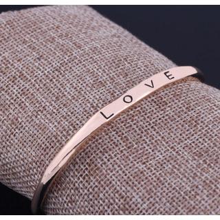 [MIỄN PHÍ VẬN CHUYỂN] Vòng tay nữ Love Luxury Korea đầy cá tính - thay bạn nói lời yêu thương từ con tim - VONGTAY-LOVE 3