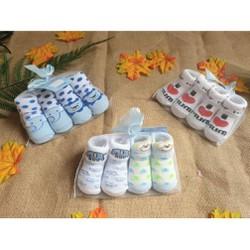 Set 2 đôi Vớ Carter Cao cấp cho bé sơ sinh dưới 6 tháng
