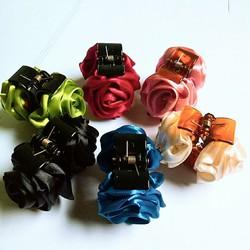 Combo 5 kẹp tóc hoa hồng 5 màu khác nhau (ảnh thật)