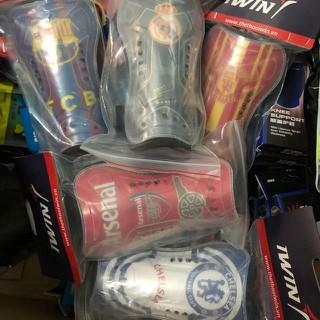Cặp bảo vệ ống đồng bóng đá mẫu CLB giá rẻ - bvod1 thumbnail