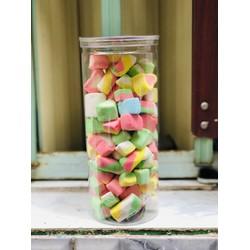 KẸO XỐP 250 gr /-li /-li /-li 49k / 250 gr Sản phẩm được chế biến từ nguồn nguyên liệu tự nhiên, mang hương vị thơm ngon, hấp dẫn sẽ mang lại cho bạn những phút giải trí và thưởng thức kẹo thật tuyệt vời bên cạnh bạn bè hoặc người thân. Sản phẩm được