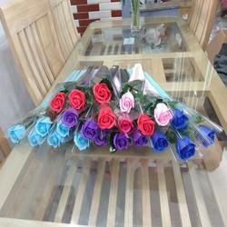combo 10 bông hoa hồng sáp thơm quà tặng 8/3. có 5 màu khác nhau