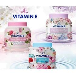 Kem dưỡng ẩm trắng da Vitamin E hương nước hoa