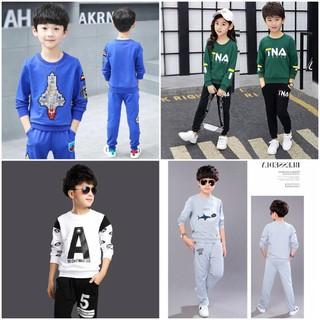 [HOT HOT] COMBO 5 bộ 5 mẫu 5 màu ngẫu nhiên quần áo thu đông trẻ em hot hot 2020 dành cho bé trai từ 18-28kg. Chất nỉ da cá dày dặn, không bai xù, màu sắc hợp thời trang. - Combo 5 mẫu ngẫu nhiên thumbnail