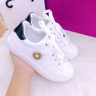 Giày trẻ em hoa cúc mẫu hot 2020 size trung gia cực sock, cam kết hàng đúng ảnh, chuẩn chất lượng - ms43 thumbnail