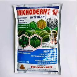 TRICODERMA SP, TRICHODERMA SP, Men Ủ Hữu Cơ là một loại nấm đối kháng có khả năng kiểm soát tất cả các loại nấm gây bệnh khác, giết được nhiều loại nấm gây thối rễ tương tự như chế phẩm sinh học emzeo gói 1kg