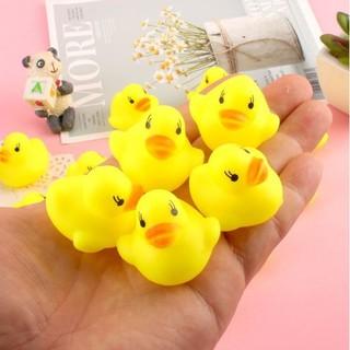 Đồ chơi vịt vàng chút chít thả bồn tắm cho bé - Vịt thumbnail