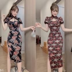 Đầm ôm body cổ tàu xẻ tà váy luôn mang đến cho phụ nữ một vẻ đẹp gợi cảm, trẻ trung