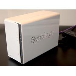 Thiết bị lưu trữ Nas Synology DS220j
