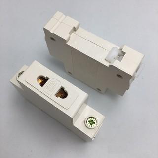 Ổ cắm 2 chân gài thanh ray tủ điện 250V 16A ổ cắm cài thanh ray - ổ cắm gài thumbnail