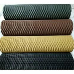 Thảm lót sàn cao su loại 1 cho xe ô tô 4-5 chỗ bằng cao su cao cấp không thấm nước và độ bền trên 5 năm