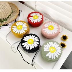 Túi đeo chéo hoa cúc trắng xinh đẹp cho trẻ em