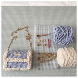 Túi xách tự đan Lông 2 màu có viền hot Trung Quốc