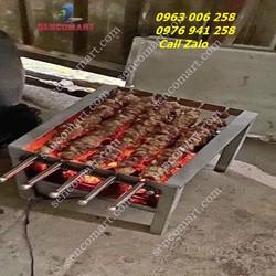 Bếp Nướng  5 Xiên  Kích Thước : 40x40 Cao 30 Cm - Nướng Bằng Than Hoa Chạy Bằng Ăc Quy - Gía Tốt.