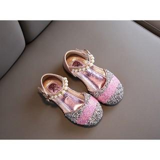sandal đính đá cho bé