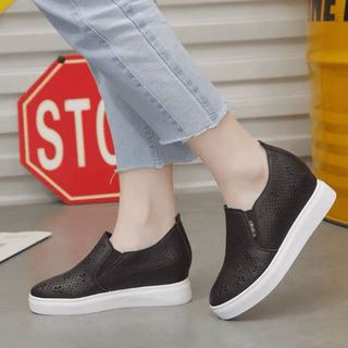 Giày slip on độn đế 7p siêu đẹp - BVC8Y thumbnail