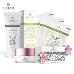 Bộ sản phẩm làm mờ nám da mặt Truesky V05 gồm 1 kem nám da 8g và 1 sữa rửa mặt nha đam 60ml + 3 miếng mặt nạ tế bào gốc Truesky