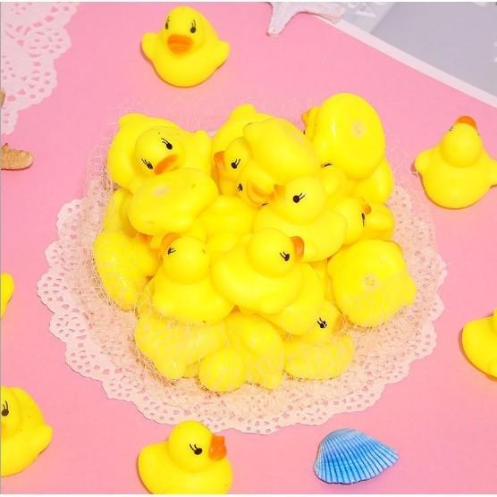 Vịt vàng chút chít thả bồn tắm cho bé - 01300 1