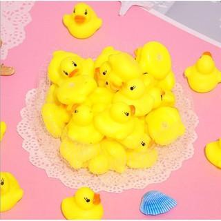 Vịt vàng chút chít thả bồn tắm cho bé - 01300 2
