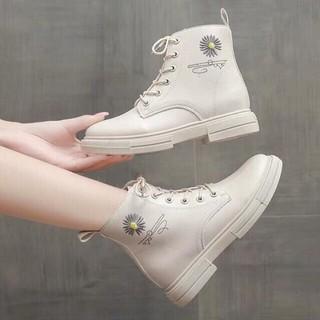 Giày nữ boots cổ cao độn đế thời trang siêu hot - BOTHOACUC thumbnail
