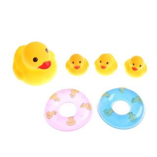 Bộ 4 vịt cao su kèm 2 phao bơi đồ chơi đi bơi đi tắm cho bé_hàng độc quyền - 2695535106 thumbnail