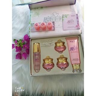 hoàng cung hồng - 563 thumbnail