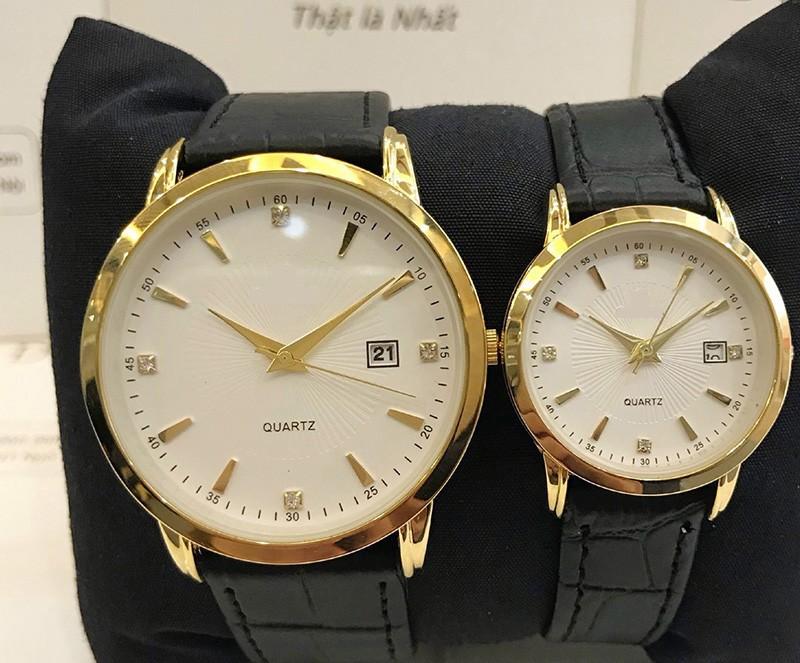 Đồng hồ cặp đôi nam nữ giá 1 đôi dây da đẹp tặng kèm 2 pin dự phòng - Om1c 3