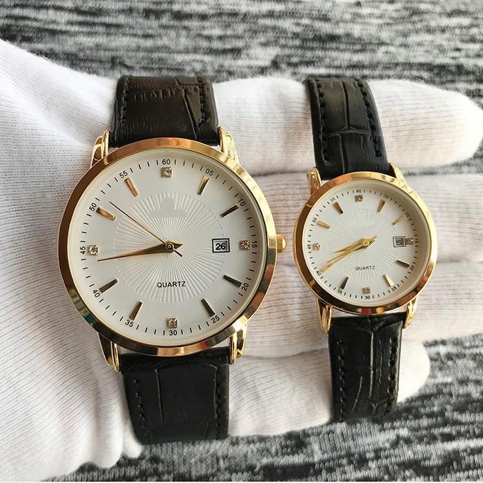 Đồng hồ cặp đôi nam nữ giá 1 đôi dây da đẹp tặng kèm 2 pin dự phòng - Om1c 1