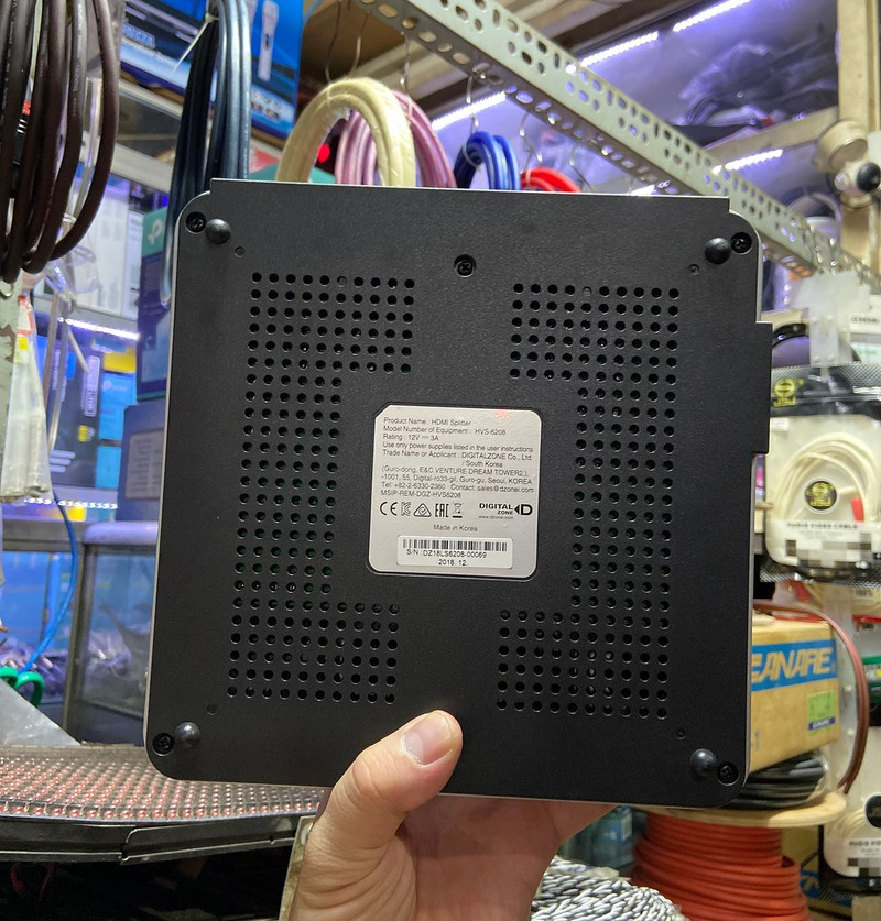 Bộ Chia HDMI 2 Input - 8 Output UHD 4K - Bộ Chia HDMI 2 Input - 8 Output UHD 4K 2