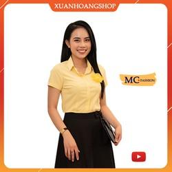 Áo Sơ Mi Nữ Tay Ngắn Cộc, Kiểu Dáng Công Sở, Có Đính Hoa Cài, 2 Màu ( Vàng – Hồng ) Mc Fashion A650