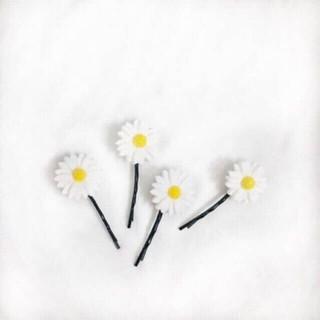 Kẹp tóc hoa cúc xinh xắn - keptoc 3
