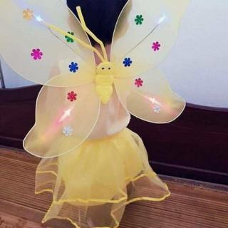 Bộ váy cánh bướm thiên thần cho bé - vaycanhbuom thumbnail