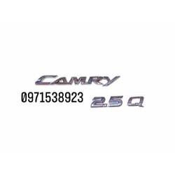 chữ CAMRY 2.5 Q dán đuôi xe camry