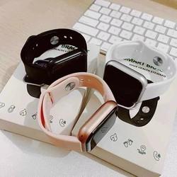 Đồng hồ thông minh y68 , theo dõi sức khỏe , kết nối với bluetooth điện thoại , thay hình nền