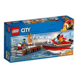 LEGO City 60213 - Thuyền Cứu Hỏa