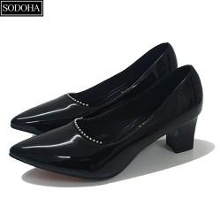 Giày cao gót đế cao 7cm đính khuy gót vuông SODOHA SDH-V359B Màu Đen