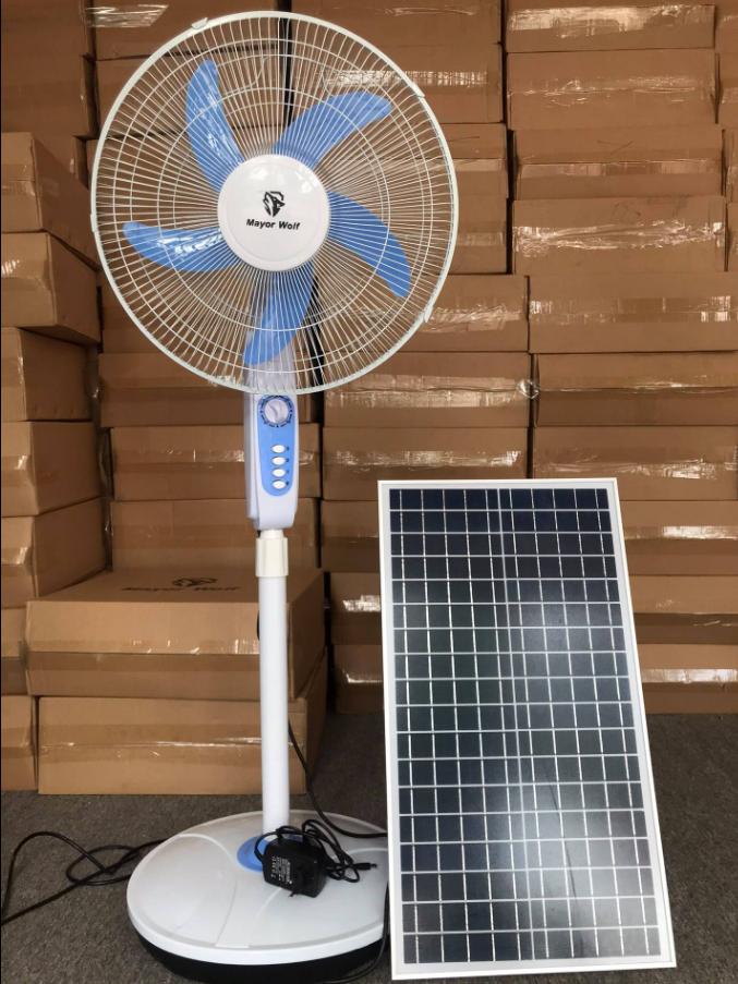 Quạt điện năng lượng mặt trời chính hãng Mayor Wolf quạt chạy 10 đếm 15 tiếng