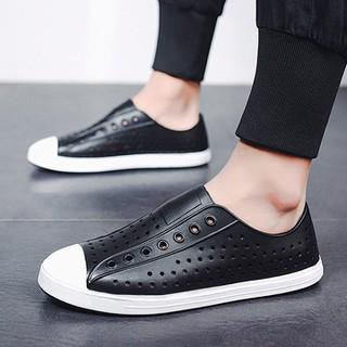 Giày lười nhựa nam thời trang đi mưa đi biển đi dạo phố - chất liệu nhựa Eva Phylon cao cấp, siêu nhẹ, siêu mềm, êm chân, không thấm nước chính hãng Urban Viet Nam-màu đen trắng - ĐTSr7 thumbnail