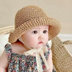 mũ em bé .