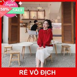 Áo Phông Đỏ Cổ Bèo Phối Chân Váy Trắng TTBS
