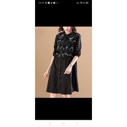 Đầm xoè đen