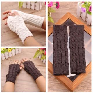 [Xả kho] Găng tay len hở ngón hàng quảng châu - 1654238246 thumbnail